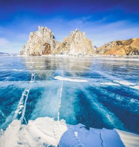 夢幻藍冰俄羅斯貝加爾湖